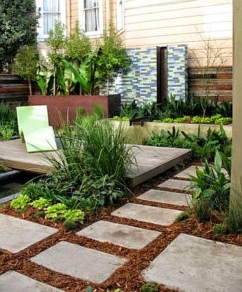 Inspiring small front garden ideas on a budget 23