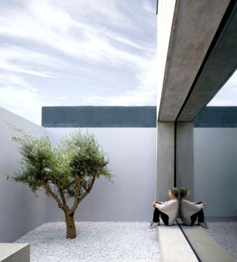 Inspiring small japanese garden design ideas 23