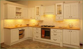 Modern cream painted kitchen cabinets ideas 12