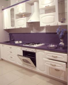 Modern cream painted kitchen cabinets ideas 24