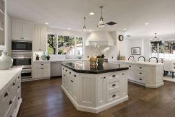 Modern cream painted kitchen cabinets ideas 31