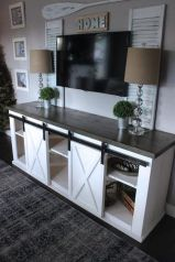 Simple living room design ideas with tv 20