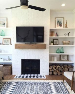 Simple living room design ideas with tv 29