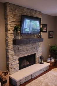 Simple living room design ideas with tv 47