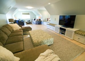 Simple living room design ideas with tv 55