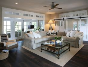 Simple and comfortable living room ideas 43