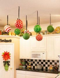 Stunning christmas decorating ideas for the kitchen 26