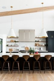 Stunning christmas decorating ideas for the kitchen 29