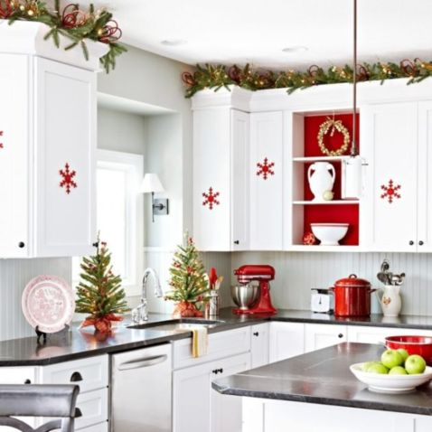 Stunning christmas decorating ideas for the kitchen 34