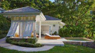 Stunning garden pergola ideas with roof 33