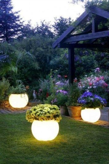 Stunning garden pergola ideas with roof 35