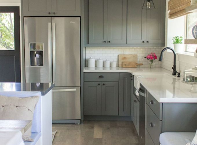 Stunning grey wash kitchen cabinets ideas 31