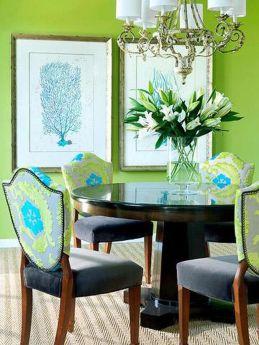 Stylish dark green walls in living room design ideas 41