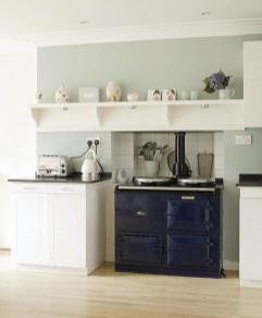 Stylish dark green walls in living room design ideas 58