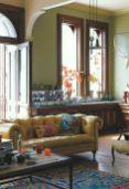 Stylish dark green walls in living room design ideas 68