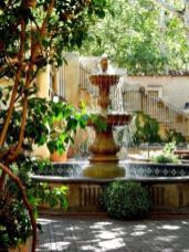 Stylish outdoor garden water fountains ideas 36
