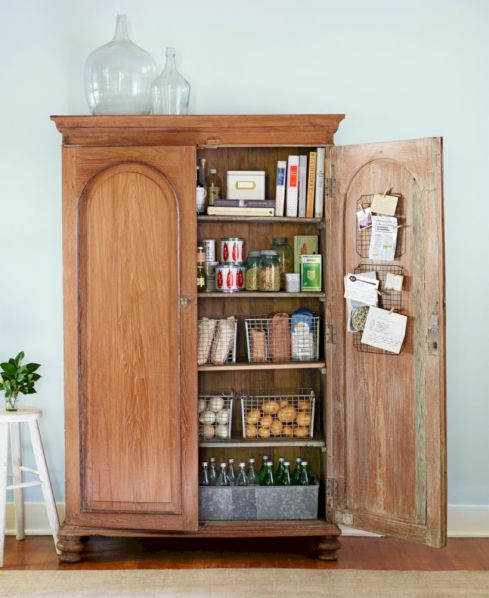 Amazing stand alone kitchen pantry design ideas (29)