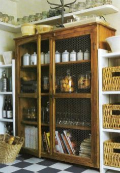 Amazing stand alone kitchen pantry design ideas (7)