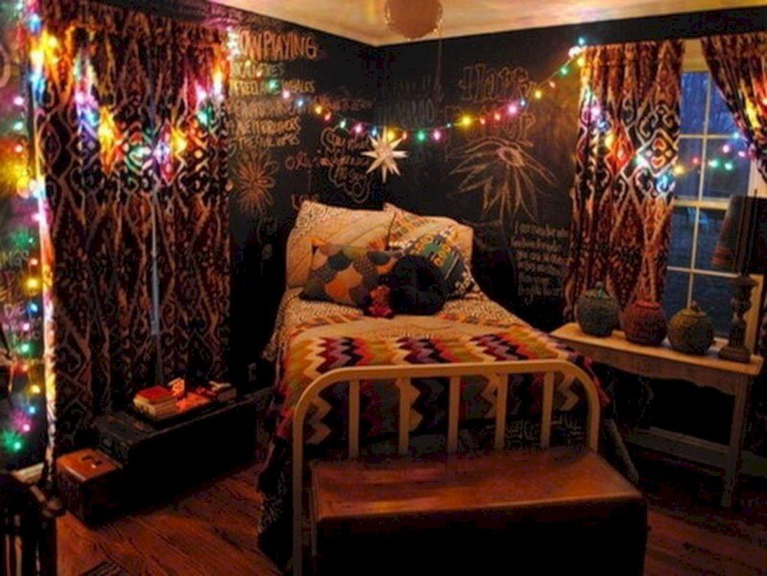Cozy bohemian teenage girls bedroom ideas (1) - ROUNDECOR on Cozy Teenage Room Decor  id=15272