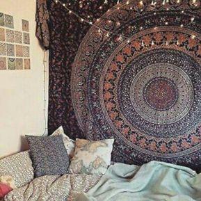 Cozy bohemian teenage girls bedroom ideas (27)