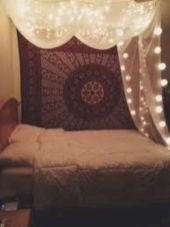 Cozy bohemian teenage girls bedroom ideas (56)