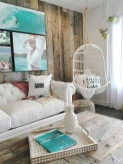 Creative diy beachy living room decor ideas (27)
