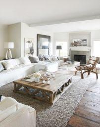 Creative diy beachy living room decor ideas (28)