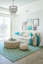 Creative diy beachy living room decor ideas (34)
