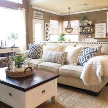 Creative diy beachy living room decor ideas (9)