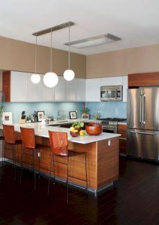 Inspiring u shaped kitchen ideas with breakfast bar (28)
