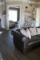 Modern leather living room furniture ideas (47)