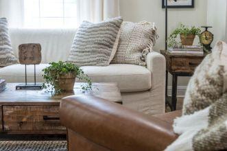 Modern leather living room furniture ideas (56)