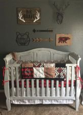 Simple baby boy nursery room design ideas (33)