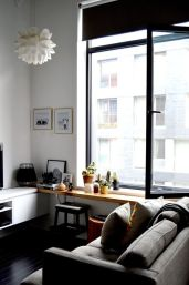 Small modern industrial apartment decoration ideas 28