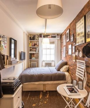 Small modern industrial apartment decoration ideas 34