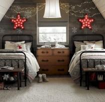 Adorable and fun christmas kids room design ideas 31