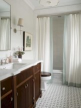 Affordable shower curtains ideas for small apartments 20