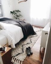 Amazing black and white bedroom ideas (16)