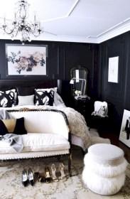Amazing black and white bedroom ideas (26)