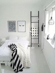 Amazing black and white bedroom ideas (39)