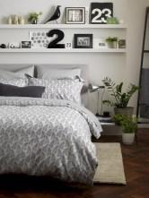 Amazing black and white bedroom ideas (57)