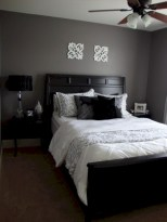 Amazing black and white bedroom ideas (9)