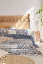 Amazing bohemian bedroom decor ideas 08