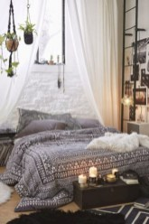 Amazing bohemian bedroom decor ideas 17