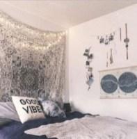 Amazing bohemian bedroom decor ideas 40