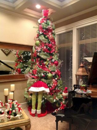 Amazing christmas centerpieces ideas you will love 16 16