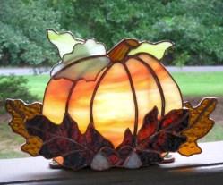 Amazing halloween window decoration ideas 35