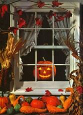 Amazing halloween window decoration ideas 40
