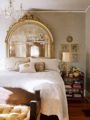 Antique and unique bedroom decorating ideas 04