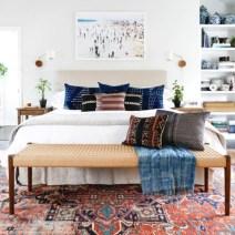 Antique and unique bedroom decorating ideas 24